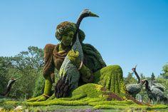 Живые цветочные скульптуры в ботаническом саду  Монреаля (Канада)