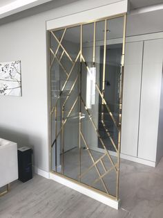 33 Incredible Room Divider Design To Make Your Home Look Outstanding - Home Decoration - Interior Design Ideas Wall Partition Design, Living Room Partition, Divider Design, Divider Ideas, Living Room Designs, Living Room Decor, Bedroom Decor, Dining Room, Home Interior Design