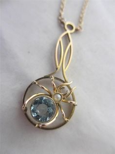ANTIQUE c1890 VICTORIAN 9ct GOLD BLUE TOPAZ SEED PEARL SPIDER PENDANT NECKLACE
