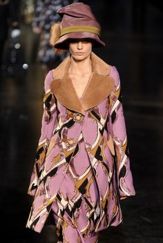 Louis Vuitton RTW Fall 2012 [Photo by WWD Archive]