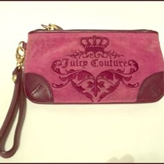 TGIS PRICE DROPJuicy Couture Wristlet Pink juice couture Wristlet- inside has 3 credit card slots Juicy Couture Bags Clutches & Wristlets