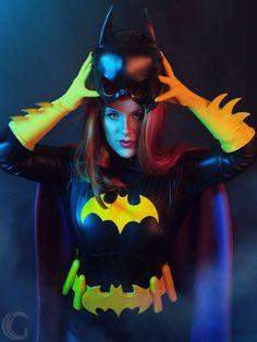 Adventures of various DC superheroines who hid behind the Batgirl persona. Cosplay Dc, Batgirl Cosplay, Batgirl Costume, Superhero Cosplay, Marvel Cosplay, Best Cosplay, Batgirl And Robin, Batman And Batgirl, Batman Comics