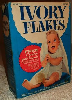 Vintage Ivory Flakes Soap, 1960's.  Clothes washed in this and line dried smelled soooooo wonderful!