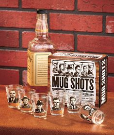 Gangster Mug Shots Shotglass Set
