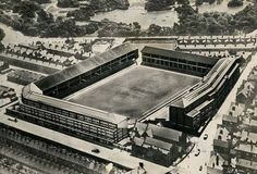 Goodison Park in Liverpool, Everton FC University Of Liverpool, Liverpool Fc, Football Music, Football Cards, Merseyside Derby, World Cup Games, Image Foot, 1966 World Cup, Goodison Park
