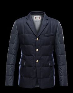Discover for Men: find out the product features and shop directly from the Moncler official Online Store. Mens Boots Fashion, Fashion Men, Best Nike Running Shoes, Kensington And Chelsea, Men Online, Well Dressed Men, Gentleman Style, Clothing Company, Moncler
