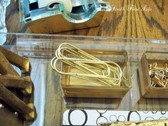 A Stroll Thru Life: How To - DIY Acrylic Tray