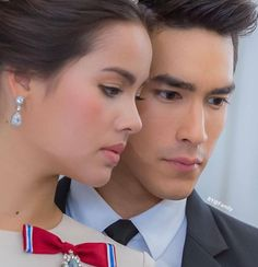I nominate Yaya Urassaya Sperbund & Nadech Kugimiya Thai superstar super model. Best actress Best actor For The Candidate From Thailand For The .Cr picture by by_family Best Actress, Best Actor, Handsome Faces, Most Beautiful Faces, Thai Drama, Muslim Couples, Sweet Couple, Actor Model, Celebrity Couples
