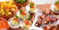 Rezept: Tapa-Variationen – Kartoffel-Zucchini-Tortilla mit Serrano Schinken, Patatas Bravas mit roter Sauce und Speckdatteln
