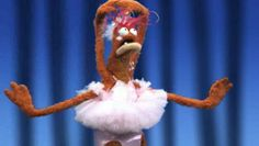 Pepe the King Prawn wears a ballerina outfit and tiptoes his way dancing through a rendition of Prawn Lake. Powerpuff Girls Wallpaper, Response Memes, Fraggle Rock, Funny Reaction Pictures, Cute Rats, Jim Henson, Creepy Cute, Kermit, Mood Pics