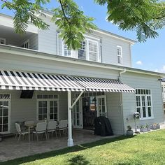 Installation today of awnings for our lovely client, perfect for our Summer heat. @oliveaux_interiors @suntexaustralia @brookletv  adding the final touches on this stunning renovation we have been a part of over several years. #interiordesign #oliveauxinteriors