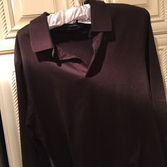 Zara top New no tag.  Tag says Large but I think it fits more small maybe Zara is cut small. Box 25F Zara Tops