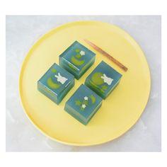 🌙 #화과자수업 #네리끼리 #우이로우 #양갱 #yokan #앙금플라워 #양가선물 #시댁선물 #시어머니선물 #예비시댁 #화과자 #화과자수업 #쿠클 #어버이날 #선물 #베이킹 #제과제빵 #데일리 #떡수업 #요리 #부모님선물 #갸또디솔레 #candy  #mooncake #ricecake #onthetable #koreanfood #desserts #sweets