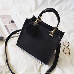 Handbags On Sale, Tote Handbags, Purses And Handbags, Handbags Michael Kors, Handbags For Women, Women Bags, Fabric Handbags, Handmade Handbags, Black Handbags