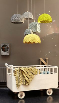 If I could have these lights, I would sleep in this cradle.