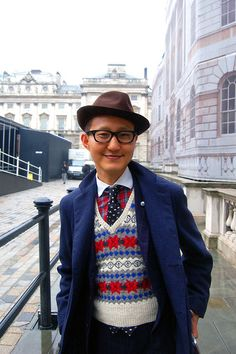 Mixing prints, hat, tie, layers  men's style