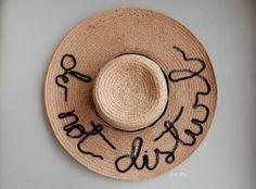 """Faça Você Mesma – Chapéu """"Do Not Disturb"""" #DIY"""