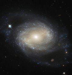 .@NASA_Hubble image captures NGC 4639, an example of a type of galaxy known as a barred spiral