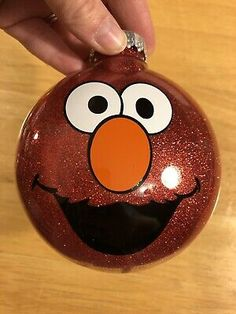 Excellent Christmas decoration tips are offered on our internet site. Read more … – christmasornaments. Elmo Christmas, Snowman Christmas Ornaments, Diy Christmas Ornaments, Homemade Christmas, Christmas Decorations, Christmas Ideas, Clear Ornaments, Baby Ornaments, Christmas 2019