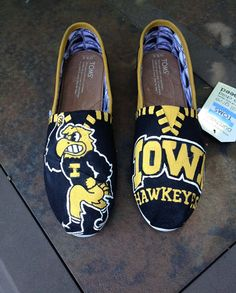 Hand painted Toms canvas shoes by AddiBdesigns on Etsy, $100.00