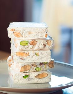 Thermomix Nougat for 6 people Elle à Table Recipes Healthy Salmon Recipes, Easy Smoothie Recipes, Dessert Thermomix, Lollipop Recipe, Avocado Dip, Dessert Dips, Fall Desserts, French Desserts, Food Cakes