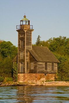 I want to go see this place one day. Beacon Lighting, Beacon Of Light, Lighthouse Keeper, Grand Island, Light Of The World, Lake Superior, Covered Bridges, Abandoned Buildings, Great Lakes