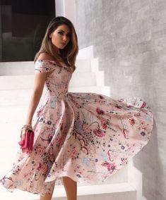 15 Secrets Women Keeps From Men. Fashion Prints, Boho Fashion, Fashion Outfits, Sexy Dresses, Prom Dresses, Summer Dresses, Feminine Style, Street Style, My Style