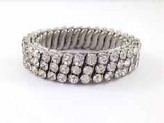25% OFF SALE Quality Vintage Clear Rhinestone Expansion Bracelet, Quality, Rhinestone Stretchy Bracelet. Wedding Bracelet. Bride.