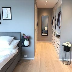 Ideas Home Interior Layout Beds For 2019 Master Bedroom Layout, Bedroom Closet Design, Bedroom Layouts, Home Decor Bedroom, Interior Design Living Room, Closet Designs, Room Interior, Bedroom Ideas Pinterest, Wardrobe Room