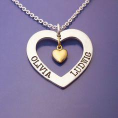 Älskade Barn, #Personliga #Smycken med #Kärlek #namnsmycken #personligasmycken #personalizedjewelry