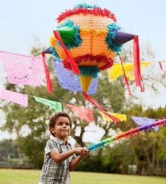 Homemade piñata for a Cinco de Mayo party from @Nery Williams Magazine