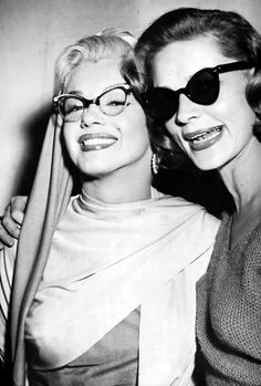 "Old Hollywood Glamour Eyewear♥ Marilyn Monroe & Lauren Bacall From ""How to Marry a Millionaire"" Old Hollywood, Hollywood Glamour, Hollywood Stars, Classic Hollywood, Lauren Bacall, Lauren Hutton, Marylin Monroe, Humphrey Bogart, Vintage Beauty"