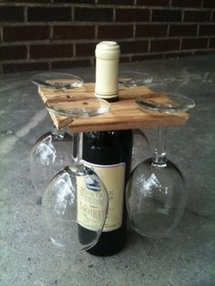 Party of Four hardwood rack for wine bottle and four glasses. Salvaged wood or DIY Glass Holders, Bottle Holders, Bottle Rack, Beer Bottle, Cork Holder, Wine Bottle Gift, Diy Bottle, Vodka Bottle, Homemade Gifts