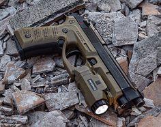 Berreta, pistol, 9mm, guns, weapons, self defense, protection, 2nd amendment, America, firearms, munitions #guns #weapons