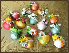 Всем доброго времечка! Поздравляю Всех с наступающим светлым христианским праздником Воскресения Христова, с Пасхой!  В предверии праздника все готовятся, придумывают подарки и сувениры. Спасибо Всем мастерицам за идеи и подсказки. Вот и я делала пасхальные магнитики, в СМ их,конечно, много, но они все такие красивые и разные, у каждого получаются по-своему. Смотрела МК у miss.nata http://stranamasterov.ru/node/335398 и очень нравятся магнитики у Сапелкиной Ларисы…