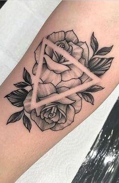 Mini Tattoos, Cute Tattoos, Flower Tattoos, Small Tattoos, Arrow Tattoos, Forearm Tattoos, Dragon Thigh Tattoo, Mama Tattoo, Stylist Tattoos