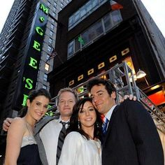 Want to check out the restaurant, diner, or coffee shop from your favorite show? We've tracked down some real-life TV show restaurants. How I Met Your Mother, New York Travel, Travel Usa, Spain Travel, Solo Travel, Ted Mosby, Studios, Nyc, Himym