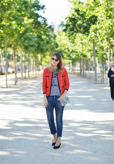 Graphic t- shirt ..... PARIS   My Daily Style en stylelovely.com