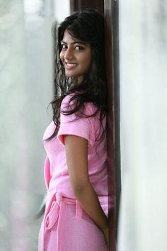 Anandhi New Cute Photos