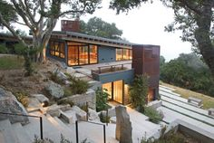 House Ocho / Feldman Architecture --  Location: Carmel, California, USA  -- Completion Date: September 2004  -- Size: 2,900 sqm + 600 sqm cottage for guests