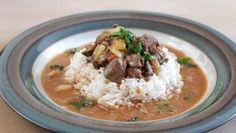 Fotorecept: Kuracia pečeň na spôsob Bacskai Grains, Curry, Ethnic Recipes, Food, Curries, Essen, Meals, Seeds, Yemek