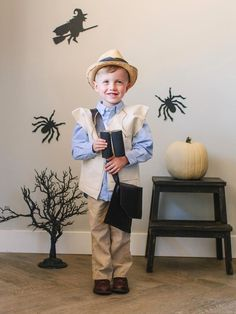 Adventurous Explorer Costume in DIY Halloween Costumes and Makeup Tricks from HGTV