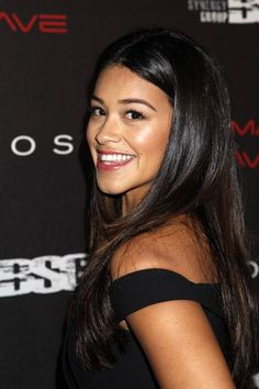 gina rodriguez - Google Search Bold And The Beautiful, Beautiful People, Filly Brown, Gina Rodriguez, Jane The Virgin, People Magazine, Celebrity Look, Best Actress, Cut And Style