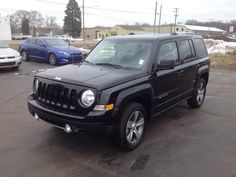 New 2017 Jeep Patriot Latitude 4x4 SUV Elkhart  Packed with features and truly a pleasure to drive! It includes leather upholstery, heated seats, air conditioning, and power windows. Smooth gearshifts are achieved thanks to the 2.4 liter 4 cylinder engine, and for added security, dynamic Stability Control supplements the drivetrain. Four wheel drive allows you to go places you've only imagined.   See more at www.lochmandymotors.com