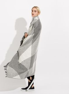 Women's Oversized Blanket Scarf | Bryden Scarf | Women | Kit and Ace