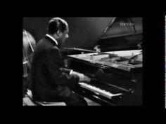 Erroll Garner Plays Fly Me to the Moon-live, lyrics