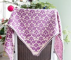 Thistle free Ravelry knitting pattern for shawl