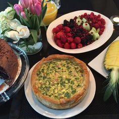 Sunday Brunch ☀️ Ham & Brie phyllo tart. #delicious #fresh #healthyfood #flavour @zimmysnook