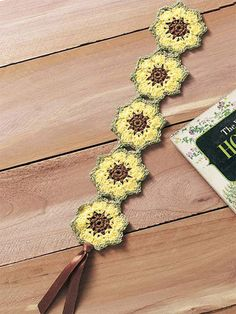 Sunflower Bookmark - gonna havta figger this out and CROCHET IT  :D