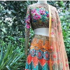 Most recent Absolutely Free Embroidery Patches beads Ideas Best Snap Shots Embroidery Patches anime Style The most beneficial as well as most popular foundati Types Of Embroidery, Embroidery Patches, Lehenga Choli, Saree, Learning To Embroider, Fabric Beads, Anime Style, Short Hair Styles, Two Piece Skirt Set